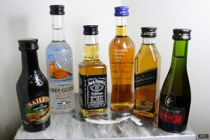 Alcoholic drinks in minibottles, photo credit: jekert gwapo, Creative Commons: Some Rights Reserved, from http://www.flickr.com/photos/jekert/3522147659/